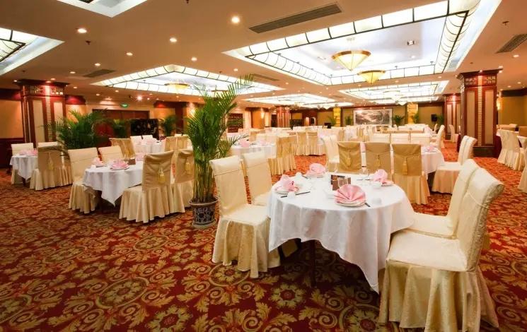 天域凯莱大饭店婚宴图片