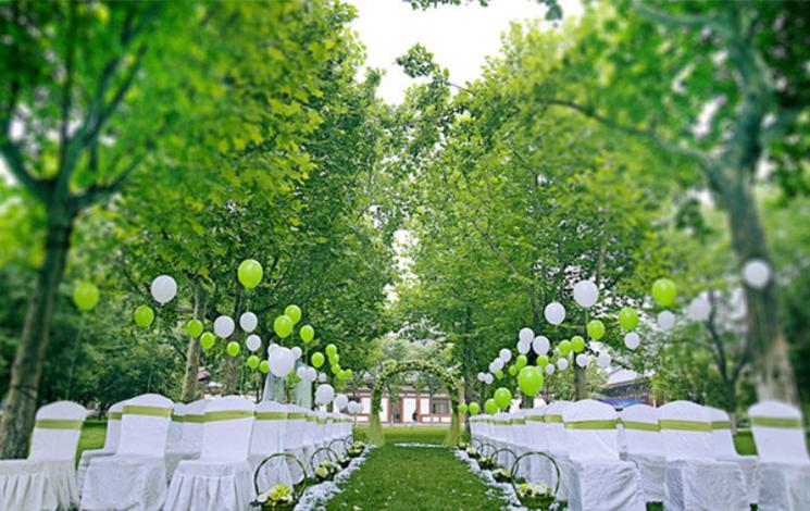 花园酒店宴会厅婚宴图片
