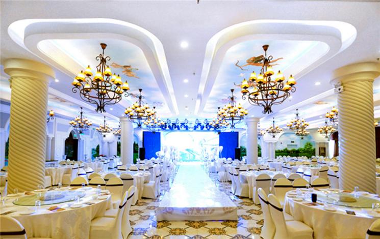 金色欧典主题婚礼酒店婚宴图片