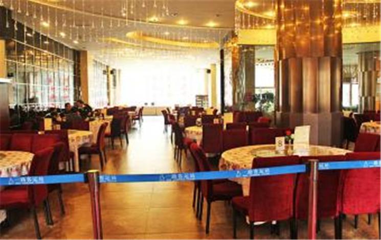 祥云山水酒店婚宴图片