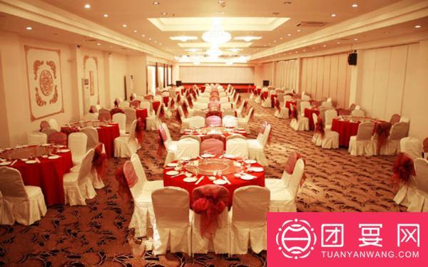 龙通婚礼时尚庄园婚宴图片