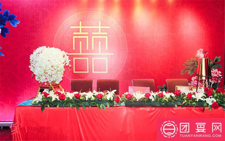 滨湖美景婚宴图片