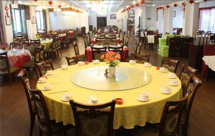 新向阳大院大酒店婚宴图片